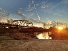 Tallahatchie River Bridge - near Strider, Mississippi - Mississippi Delta Sunset - www.flatoutdelta.com