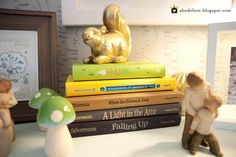 golden squirrel booktopper