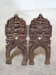 A pair of wooden Kavadi arches, with Lord Ganesha and Lord Subramanya respectively as the central figures. The Kavadi's are made in the folk or tribal style of rural Tamil Nadu. Tribal Style, Tribal Art, Ganesha Tattoo, Vintage India, Lord Ganesha, Tribal Fashion, Arches, Shiva, Folk