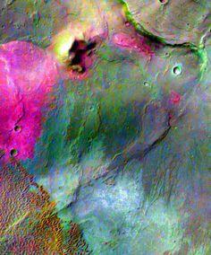 Mars' love crater