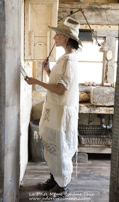 MP embroidery and lace dress.02.jpg