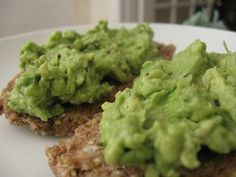 Avocado Toast on Manna Bread and other breakfast options   Choosing Raw – vegan and raw recipes