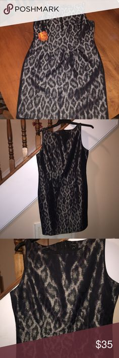 Ann Taylor Metallic Black Animal Print Dress 👗 In excellent pre-loved condition!! Only worn twice. Perfect for a night out on the town or a more formal occasion. Size 14. Ann Taylor Dresses