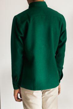 The 'Keira' shirt for men, back.