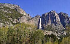 Parc national de Yosemite cascade montagnes forestières y