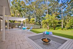 Real reno: Three Birds Renovations' latest spectacular transformation - The Interiors Addict Outdoor Pavers, Outdoor Flooring, Outdoor Fire, Three Birds Renovations, Fire Pit Materials, Diy Fire Pit, Fire Pits, Lounge, Hamptons House