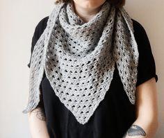 Unisex triangle crochet scarf