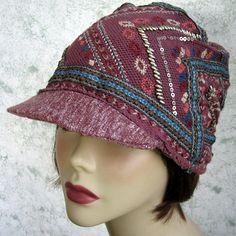 Womens Newsboy Hat Mauve Knit With Southwest Design Sequins