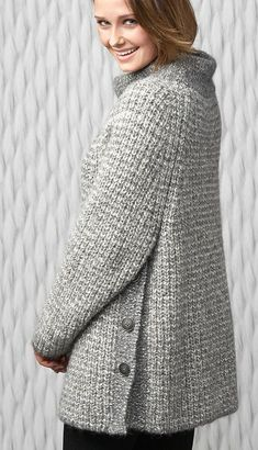 Diy Crafts - -Brilliant Crochet Women Sweater from 59 of the Chic Crochet Women Sweater collection is the most trending fashion outfit this winter. Crochet Cardigan, Knit Crochet, Easy Mom Fashion, Popular Crochet, Mode Blog, Quick Knits, Crochet Woman, Knitting Designs, Crochet Clothes