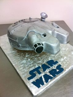 Star Wars Millennium Falcon Groom's Cake (by Fantasy Frostings)