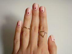 Minimalist Nail Art Ideas 80