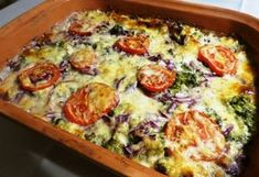 Gebratener Brokkoli geräuchert in Pataki Bowl - Paleo Suppe Cooking Recipes, Healthy Recipes, Delicious Recipes, Healthy Foods, Vegetable Pizza, Quiche, Bakery, Food And Drink, Yummy Food