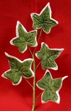 Ivy Leaf Spray made out of gum paste