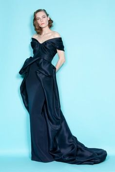 See the complete Marchesa Resort 2012 collection.