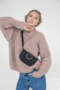 Knit Sweater Outfit, Sweater Fashion, Off Shoulder Sweater, Cardigan Pattern, Knit Jacket, Streetwear Fashion, Crochet, Stylish Outfits, Lana