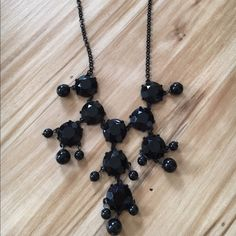 Black statement necklace Perfect condition. Barely worn. Jewelry Necklaces