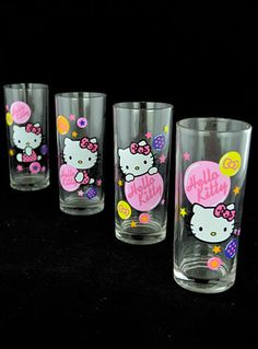 Hello Kitty Drinking Glass Set from PLASTICLAND.