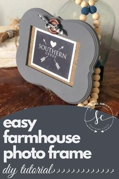 This farmhouse photo frame DIY is so easy to do! Check out the tutorial for a fun and simple farmhouse DIY.  #farmhouse #diy #photoframe Decorating Your Home, Decorating Ideas, Decor Ideas, Diy Home Decor Projects, Fun Projects, Inspiration Wall, Diy Frame, Fixer Upper, Mantle