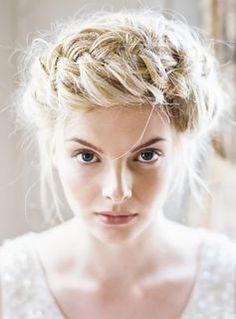 Stunning and ethereal braided crown. Love! #hairinspiration #braid