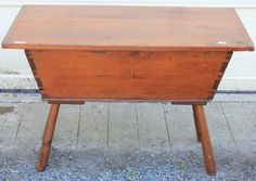 EARLY 19TH C AMERICAN PINE DOUGH BOX ON LEGS, : Lot 297 Dough Box, Dry Sink, Blanket Chest, Antique Auctions, Country Furniture, Cupboards, Primitives, Sinks, Home And Living