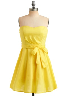 i want!!! My hubby actually told me he loves me in the color yellow, blue and green and wants to buy me this dress =)