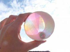 キラキラ虹色望遠鏡〜自分だけの世界が覗ける製作遊び〜 | あそびのタネNo.1[ほいくる]保育や子育てに繋がる遊び情報サイト