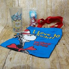 Dr-Seuss-Friends-Collectible-Plush-Toy-Frosted-Glass-I-Love-To-Read-Tote-Bag