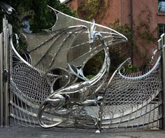 Astonishing Dragon Gate