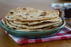 Receita de Massa de Wrap (Pão folha) passo-a-passo. Acesse e confira todos os ingredientes e como preparar essa deliciosa receita!