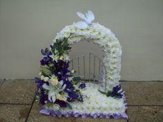 Floral Arrangements for Funerals | Funeral Floristry - funeral flower arrangements