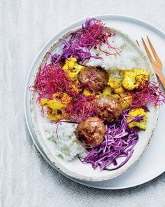 Asian rice bowl with meatballs and sprouts - MyKitchen