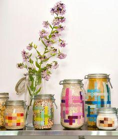Des bocaux de cuisine décorés avec du masking tape // kitchen jars with masking tape