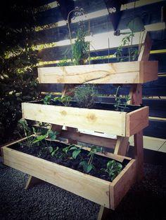 Jardiniere en bois