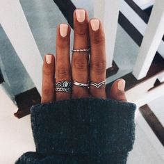 Rings chic and edgy beauty nails, nail ring и acrylic nails Manicure E Pedicure, Mani Pedi, Cute Nails, Pretty Nails, Cute Short Nails, Hair And Nails, My Nails, Glitter Nails, Accesorios Casual