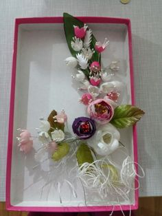Chicken Crafts, Handmade Flowers, Fabric Flowers, Four Square, Diy And Crafts, Frame, Silk, Picture Wall, Fascinators