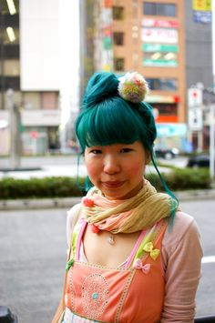 Turquoise Hair w/ pastel clothing Turquoise Hair, Teal Hair, Turquoise Color, Violet Hair, Bright Hair, Dark Green Hair, White Hair, Teal Green, Salmon Color Dress