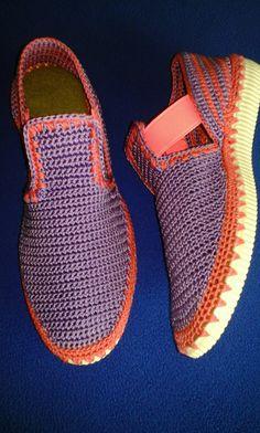 Cantik Crochet Sandals, Booties Crochet, Crochet Shoes, Crochet Slippers, Knit Crochet, Knit Shoes, Sock Shoes, Baby Shoes, Flip Flop Sandals