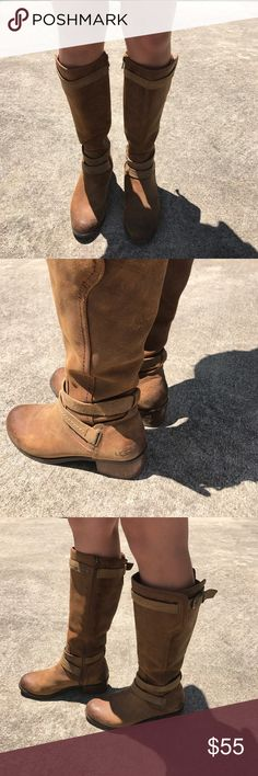 Caramel Ugg Boots Comfortable Uggs.  Your feet deserve the lush feel of these feet friendly Uggs. Lovely lining inside. Shoes Heeled Boots