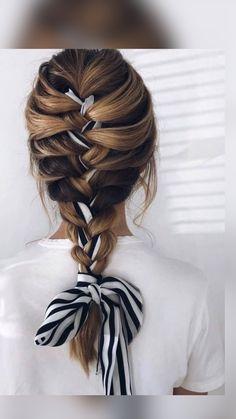 Scarf Hairstyles, Pretty Hairstyles, Braided Hairstyles, Hairdos, Medium Hair Styles, Curly Hair Styles, Hair Scarf Styles, Aesthetic Hair, Gorgeous Hair