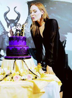Maleficent - Angelina Jolie and cute cake