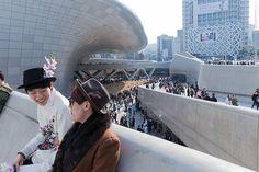 Dongdaemun Design Plaza, Seoul South Korea - Zaha Hadid