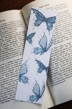 Watercolor Bookmarks, Watercolor Flowers, Watercolour, Butterfly Drawing, Blue Butterfly, Creative Bookmarks, Handmade Bookmarks, Bookmark Craft, Bookmark Ideas
