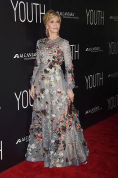 Jane Fonda wears Valentino on the red carpet: