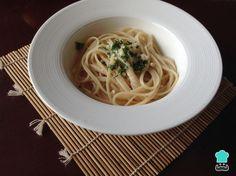 Aprenda a preparar molho Alfredo tradicional com esta excelente e fácil receita. O TudoReceitas sugere um delicioso molho de origem italiana, conhecido como molho...