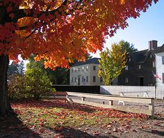 America's Best Towns for Fall Colors: Portsmouth, NH