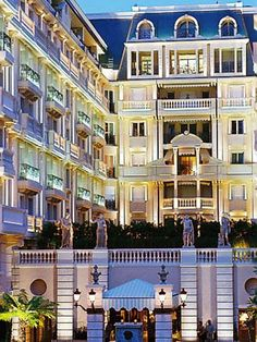 #Hotel Metropole #MonteCarlo This stunning hotel is a haven of contemporary style seamlessly blended with touches of timeless luxury. Home to the renowned E'Spa and two Joel Robuchon restaurants, includng the Japanese-inspired Yoshi and the 2-Michelin-starred Joel Robuchon Monte-Carlo, the Metropole is truly heaven on earth! http://VIPsAccess.com/luxury-hotels-monaco.html
