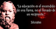 Frase bonita de Sócrates sobre la educación Peace Love And Understanding, Teaching Quotes, Yoga, Spanish Quotes, True Words, Proverbs, Peace And Love, Einstein, Philosophy