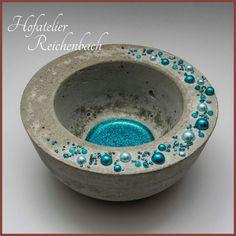 Concrete bowl with blue beads Part 2 / Concrete bo .- Betonschale mit blauen Perlen Teil 2 / Concrete bo… – Concrete bowl with blue beads Part 2 / Concrete Bo … – - Diy Concrete Planters, Concrete Cement, Concrete Furniture, Concrete Garden, Concrete Design, Cement Art, Concrete Crafts, Concrete Projects, Cement Color