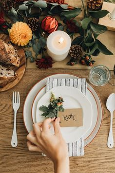 Ready or not winter is upon us and the holidays are approaching here are 6 ways to master your holiday tablescape this season brought to you by Joann! Decor Style Home Decor Style Decor Tips Maintenance home Thanksgiving Parties, Thanksgiving Tablescapes, Thanksgiving Decorations, Holiday Tablescape, Christmas Decorations, Christmas Tables, Thanksgiving Ideas, Wit And Delight, Fall Table