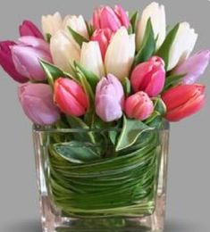 Lips Like Sugar by Dennis Rigas Floral Creations A bouquet of sweetheart colore.- Lips Like Sugar by Dennis Rigas Floral Creations A bouquet of sweetheart colore… Lips Like Sugar by Dennis Rigas Floral Creations A… - Beautiful Flower Arrangements, Floral Arrangements, Fresh Flowers, Spring Flowers, Very Beautiful Flowers, Backyard Plan, Tulip Bouquet, Fresh Flower Delivery, Easter Flowers